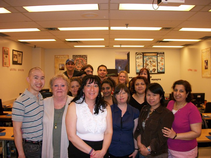 Becoming a Community Services Worker: Training & Careers in Toronto