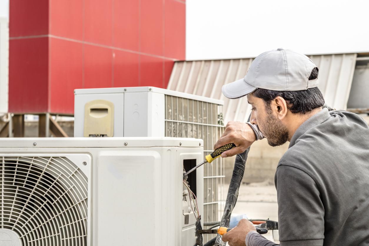 HVAC technician job description duties skills
