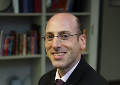 Digital Marketing Prof, Javier Schwersensky, Talks Training, Trends & How to Stay Ahead Online