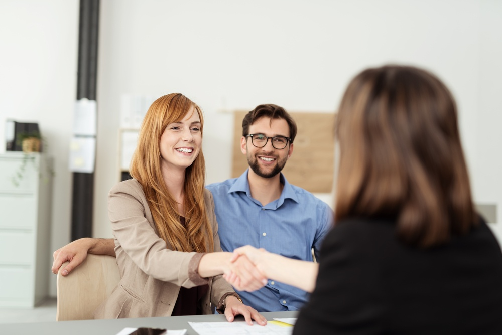 Where Will You Work After Paralegal Training? 4 Options for New Grads