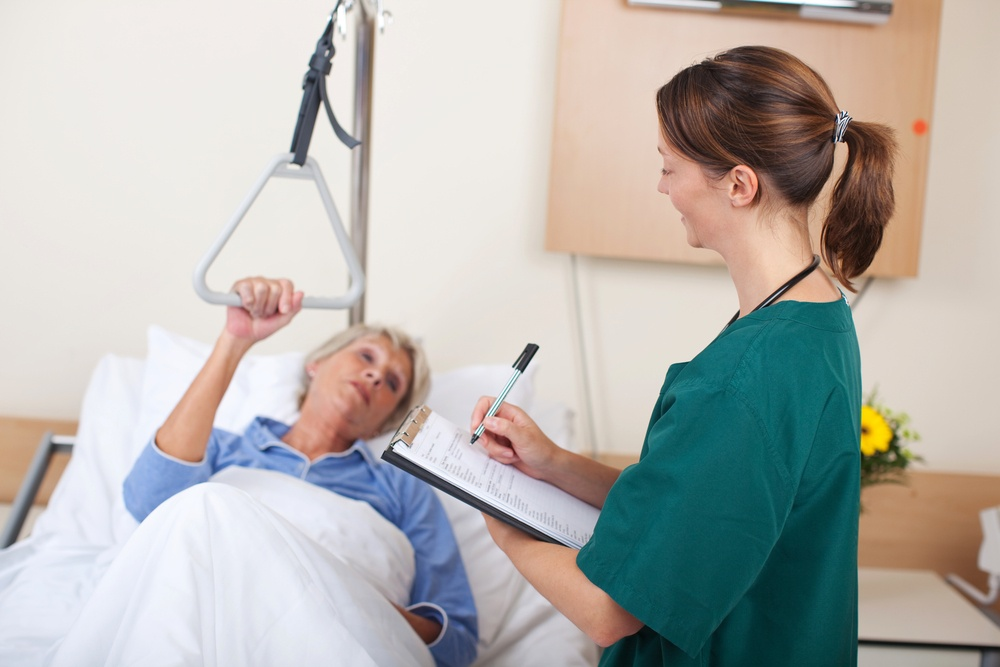 Should You Take PSW Training? 4 Things to Consider Before You Enrol