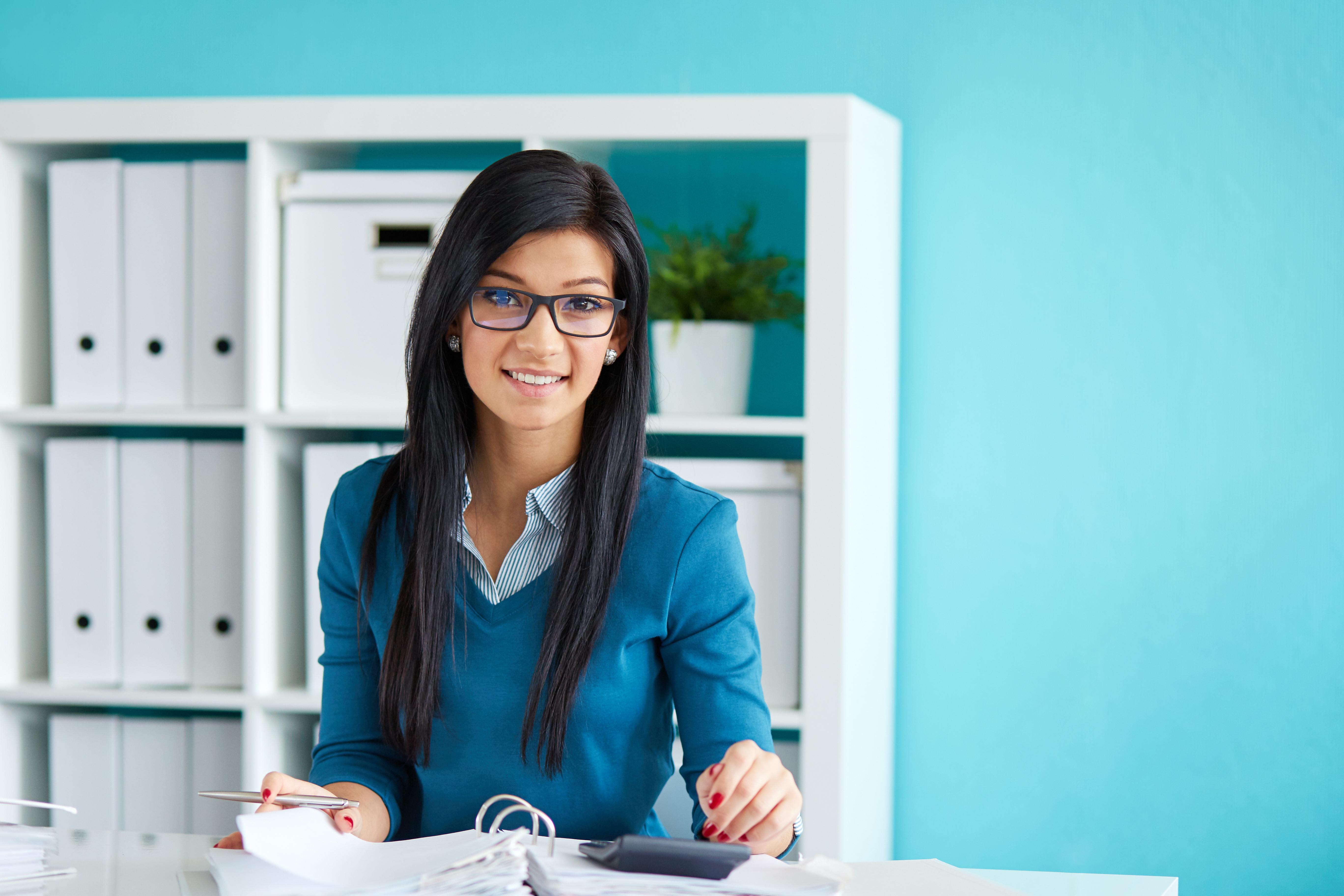 become a payroll clerk