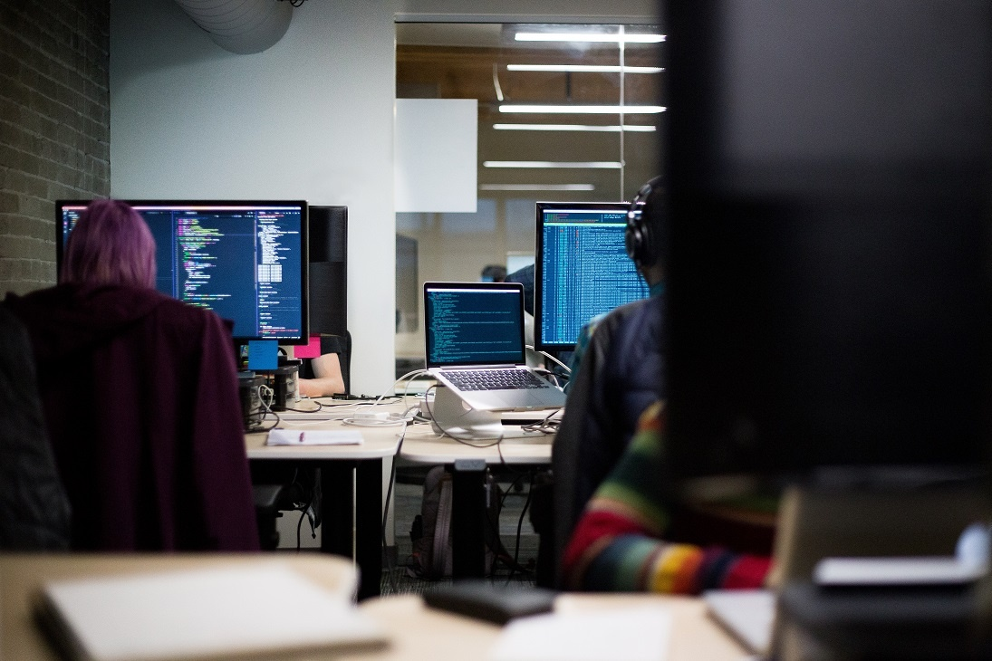 Becoming a Programmer Analyst in Quebec: Training, Careers & Salary