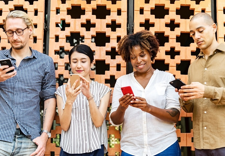Keeping Up with Social Media: 3 Skills You Need Right Now